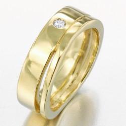 Alliance vague sertie d'un diamant homme en or