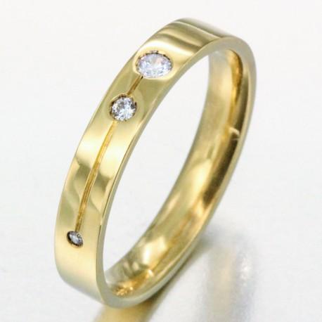 Alliance avec une ligne gravée sertie de 3 diamants homme en or